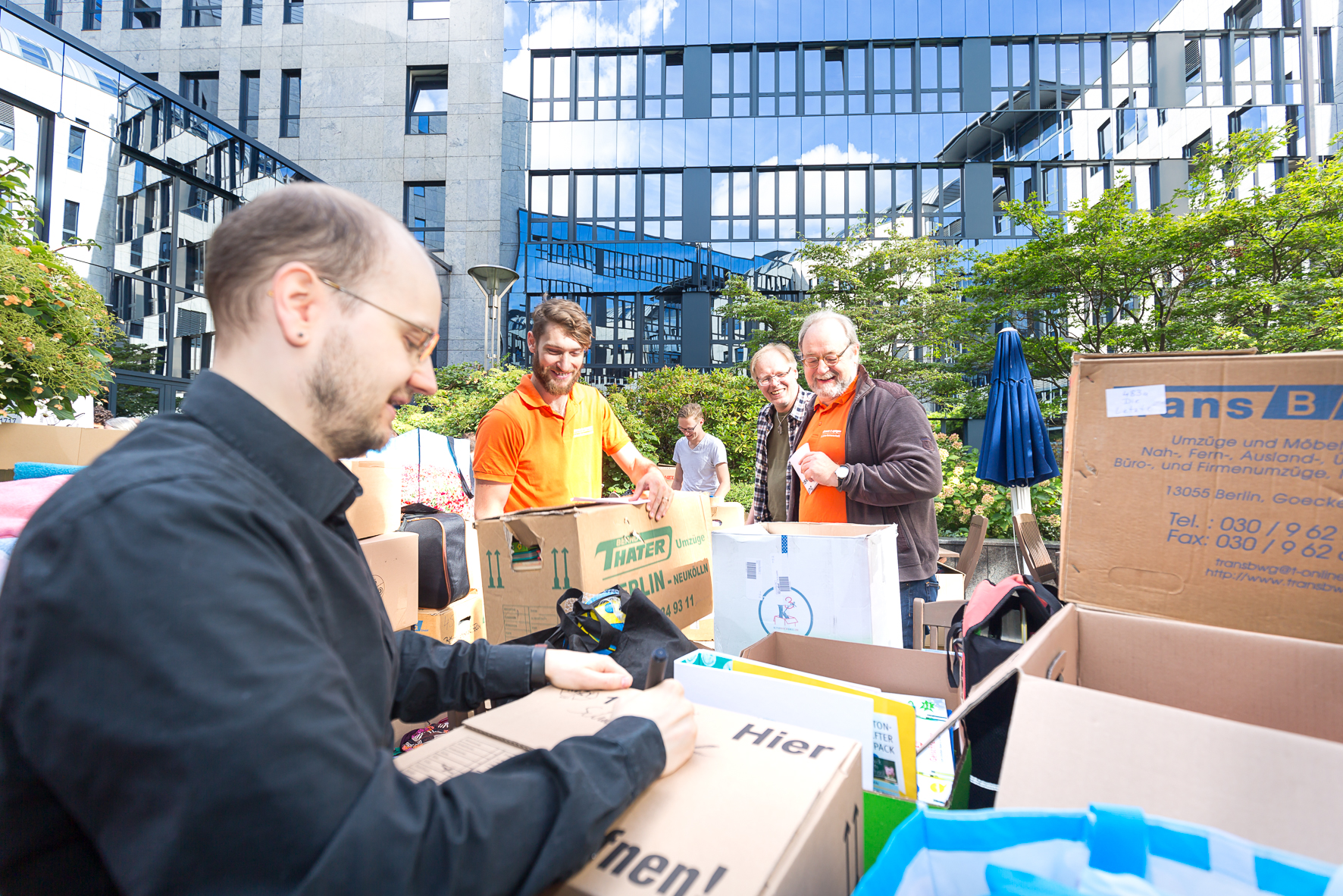 Flüchtlingen mit Sponsoring schnell helfen - Fundraiser Magazin